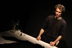 Alessandro Berti interpreta don Giovanni Fornasini